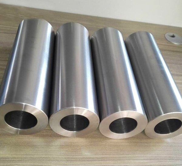 Titanium alloy extrusion tube